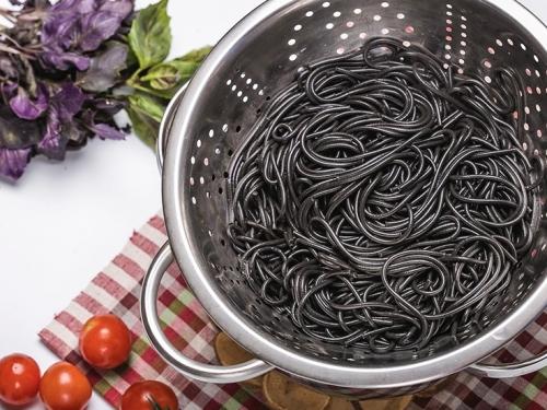 Спагетти с чернилами каракатицы (Италия) 500 гр
