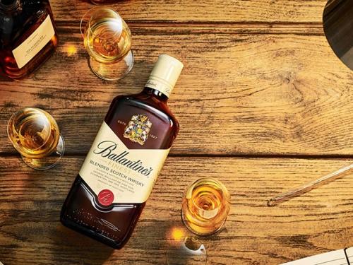 Виски Ballantines Finest 700 ml