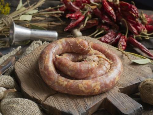 Колбаса домашняя из свинины (сырая)